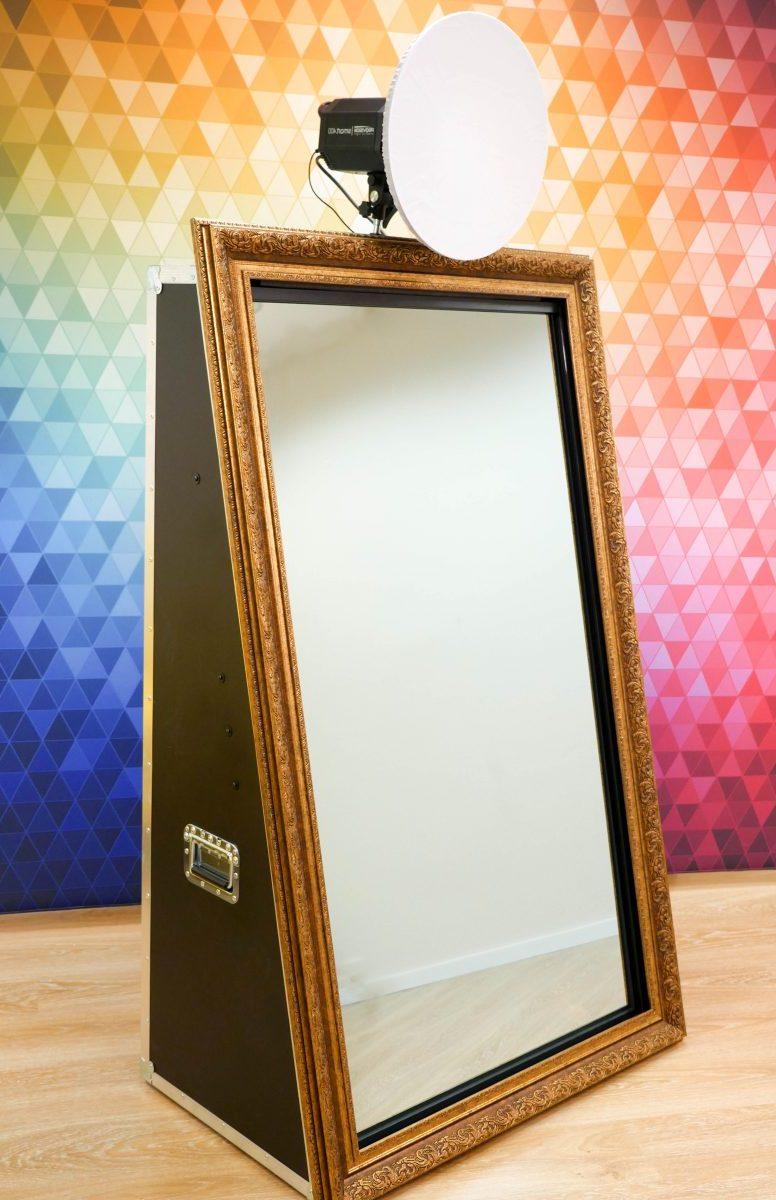 Unser Magic Mirror ist intuitiv zu bedienen und ist für Ihre Gästen ein besonderes Event Highlight